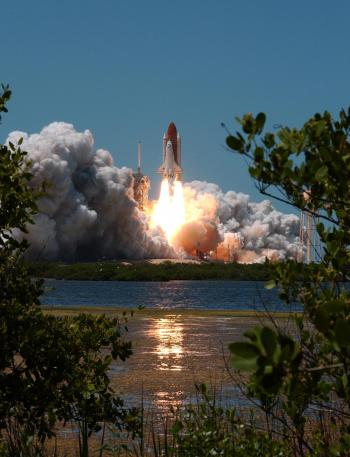 Photograph of the STS-121 space shuttle launch